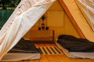 Le Pin Sec Glamping tents twin