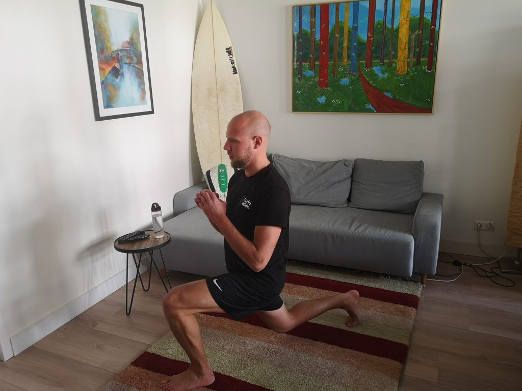 SurfaWhile Fitness Dynamic Lunge