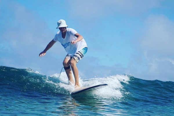 Intermiate surf lessons with red star surf